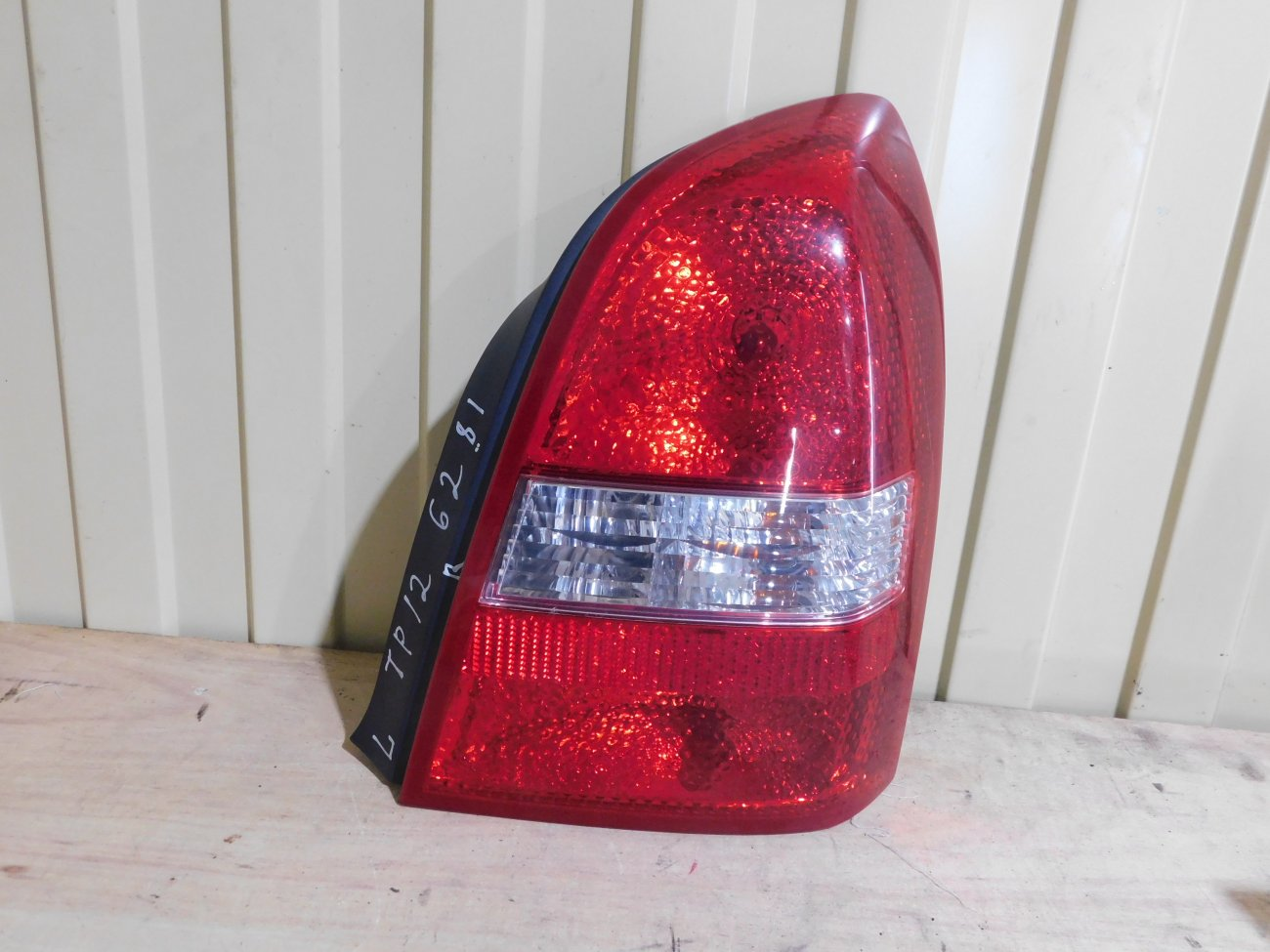 Стоп-сигнал Nissan Primera TP12 QR20 задний правый (б/у)