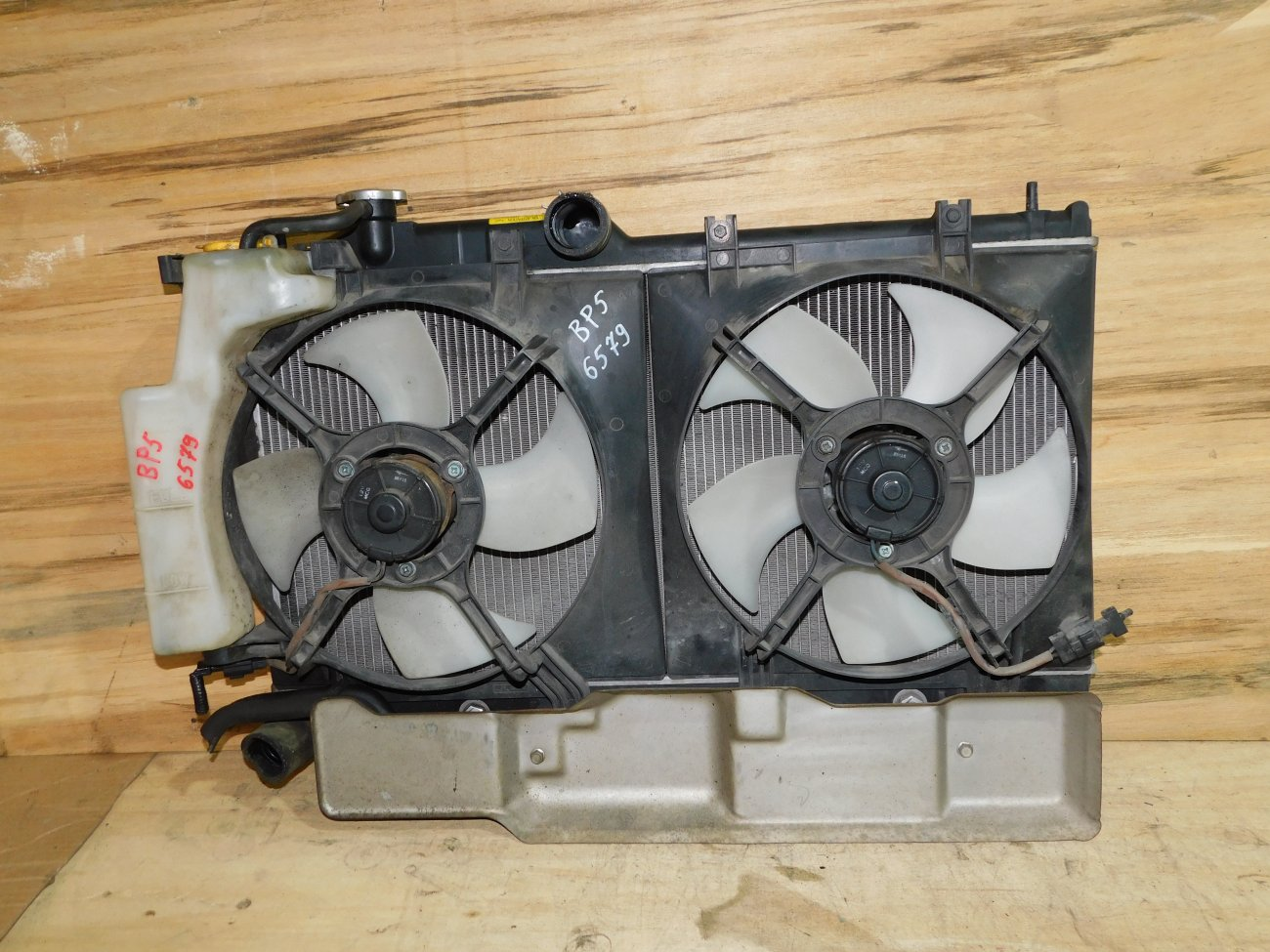 Радиатор основной Subaru Legacy BP5 EJ20 (б/у)