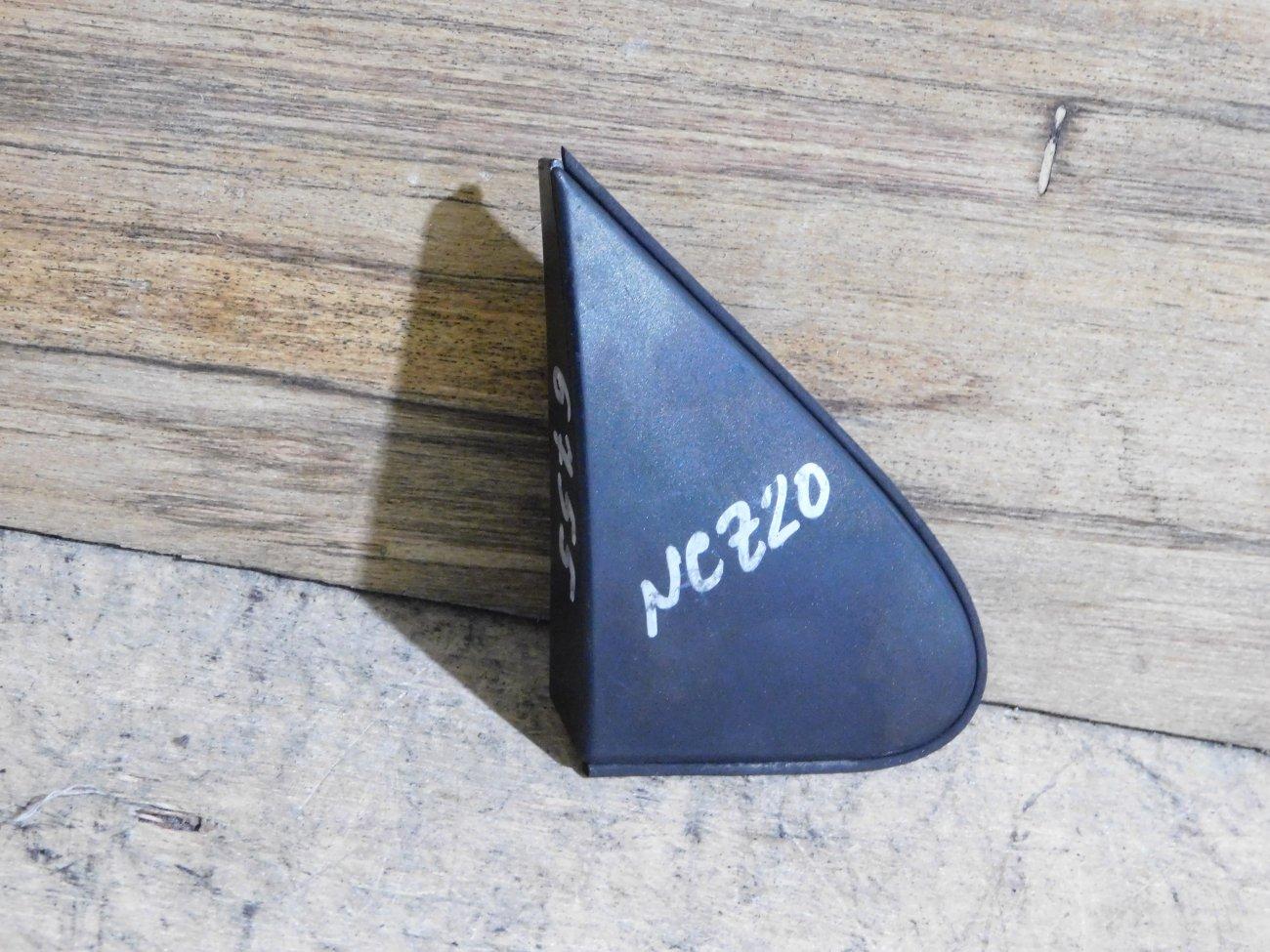 Уголок крыла Toyota Raum NCZ20 1NZ-FE передний правый (б/у)