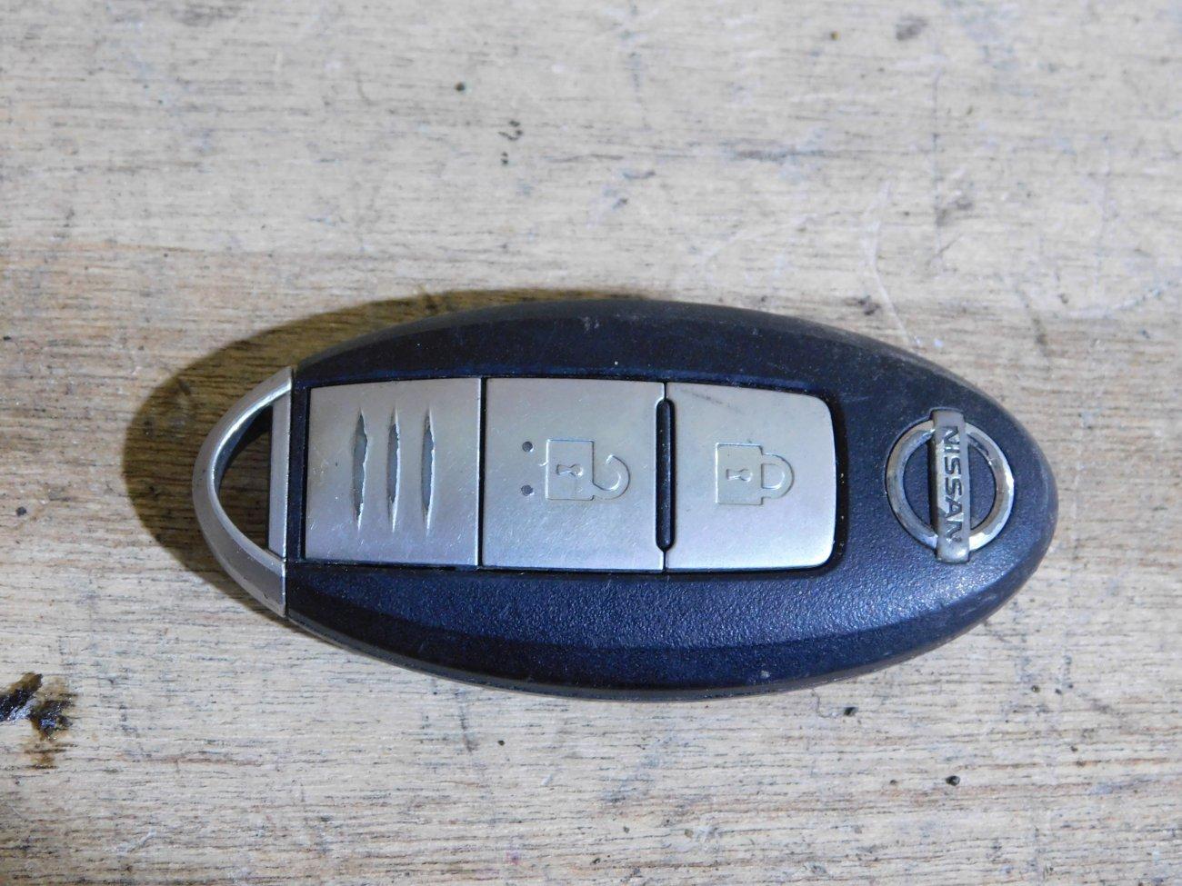 Ключ зажигания Nissan Wingroad Y12 HR15DE (б/у)