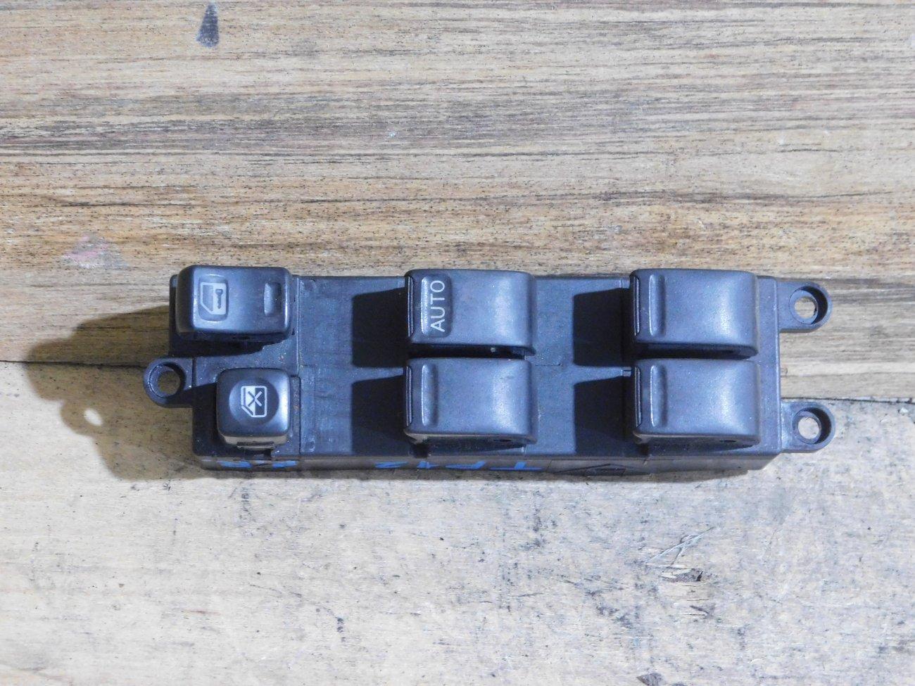 Блок упр. стеклоподьемниками Nissan Primera TP12 передний правый (б/у)