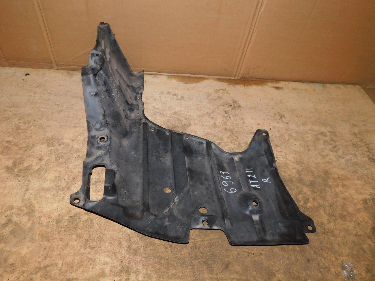 Защита двигателя Toyota Carina AT211 7A-FE правая (б/у)