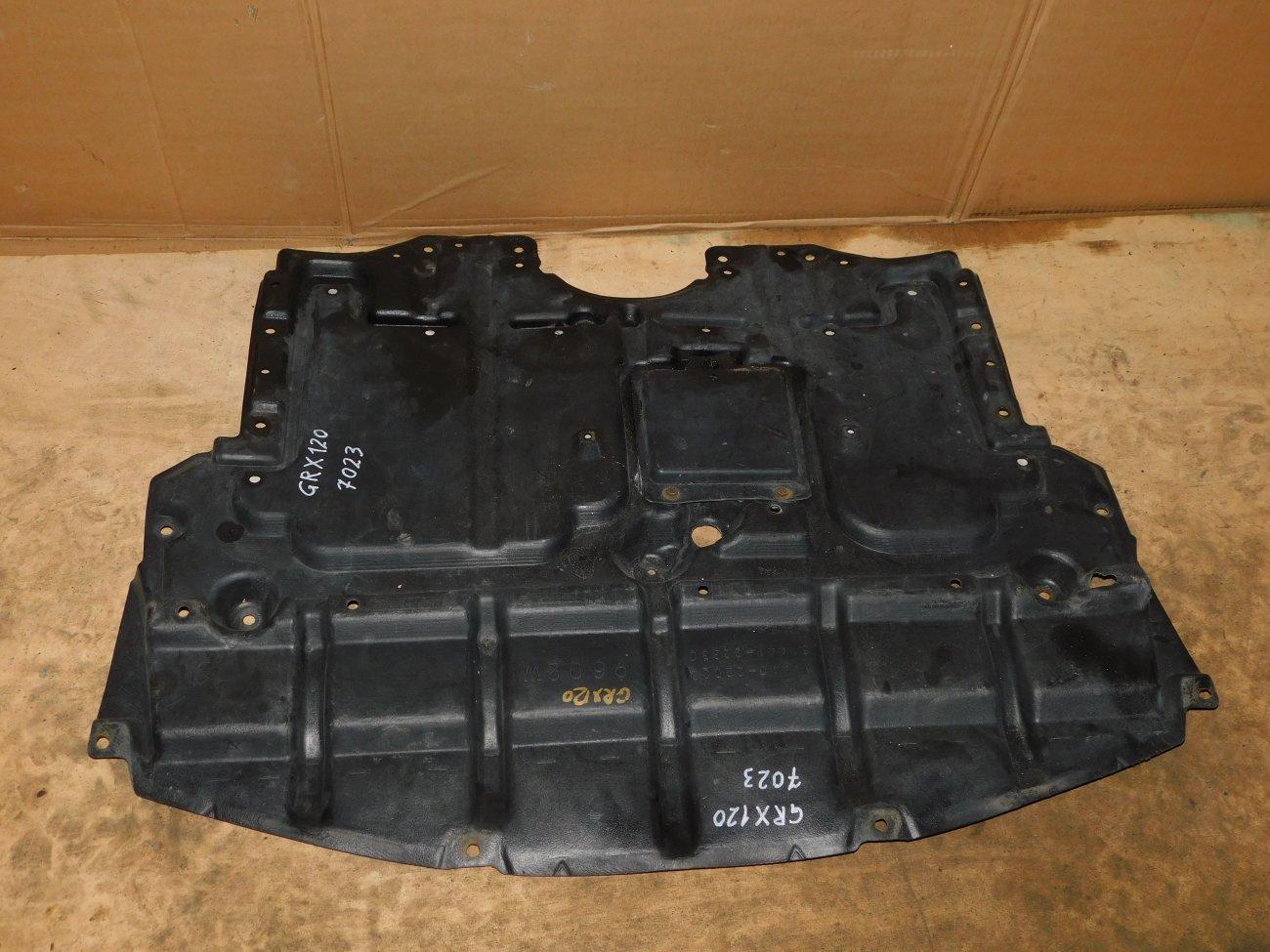 Защита двигателя Toyota Mark X GRX120 2GR (б/у)