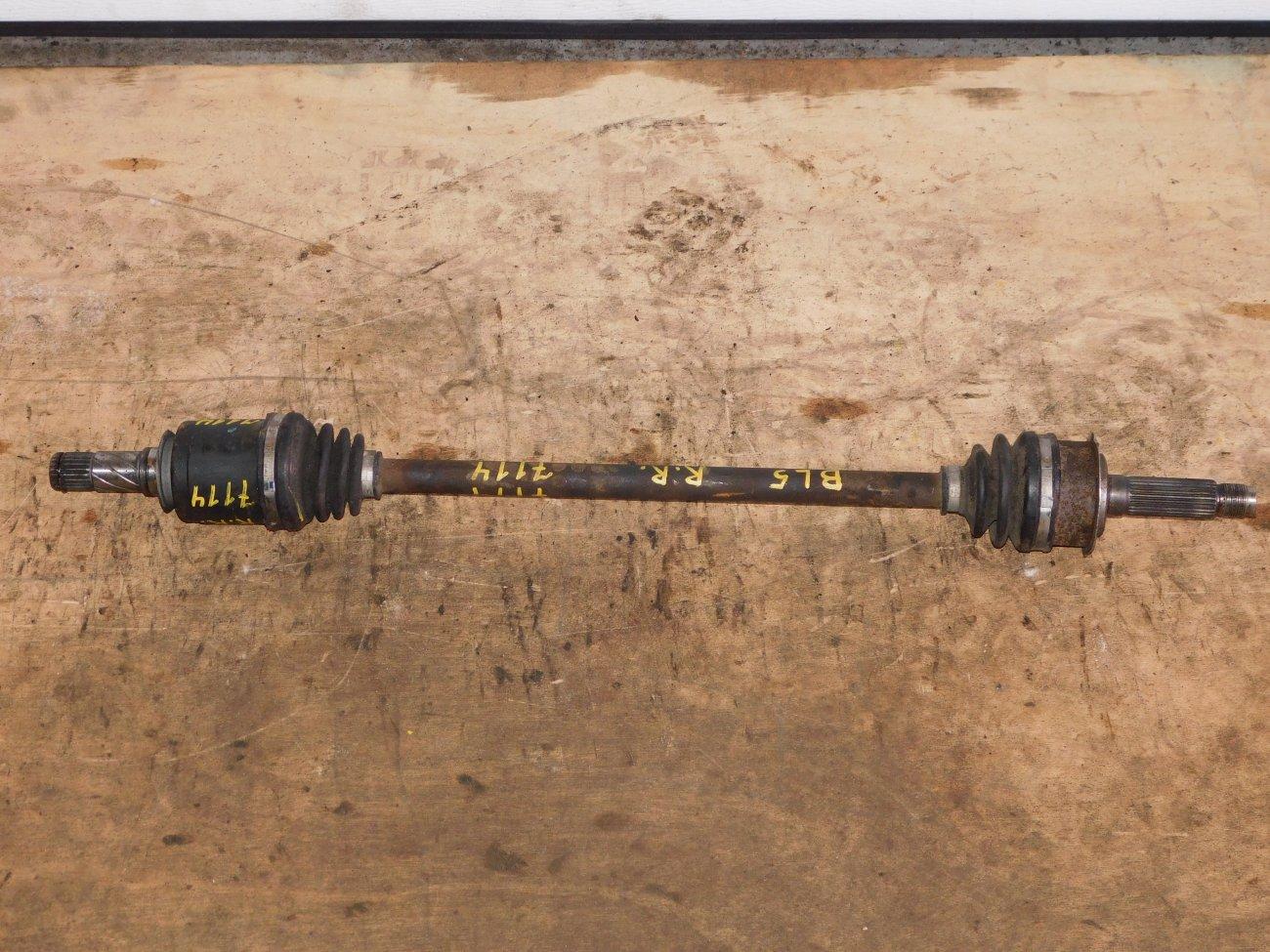 Привод Subaru Legacy BL5 EJ20 задний правый (б/у)