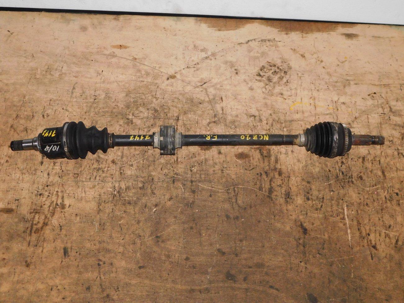 Привод Toyota Raum NCZ20 1NZ-FE передний правый (б/у)