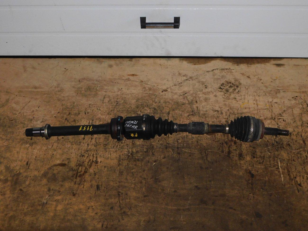 Привод Toyota Ipsum ACM21 2AZ-FE передний правый (б/у)