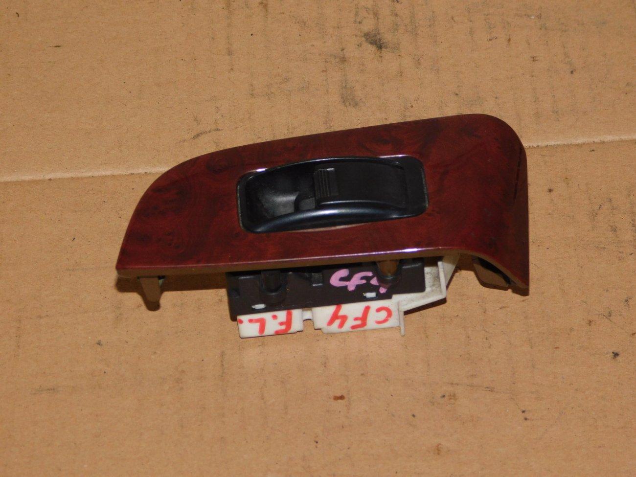 Блок управления стеклоподъемниками Honda Torneo CF4 F20B передний левый (б/у)