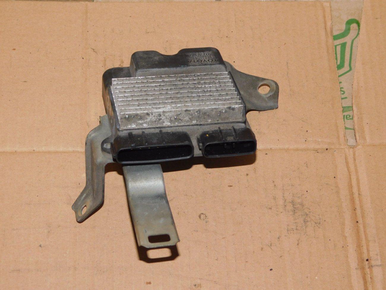 Блок управления форсунками Toyota Allion AZT240 1AZ-FSE (б/у)