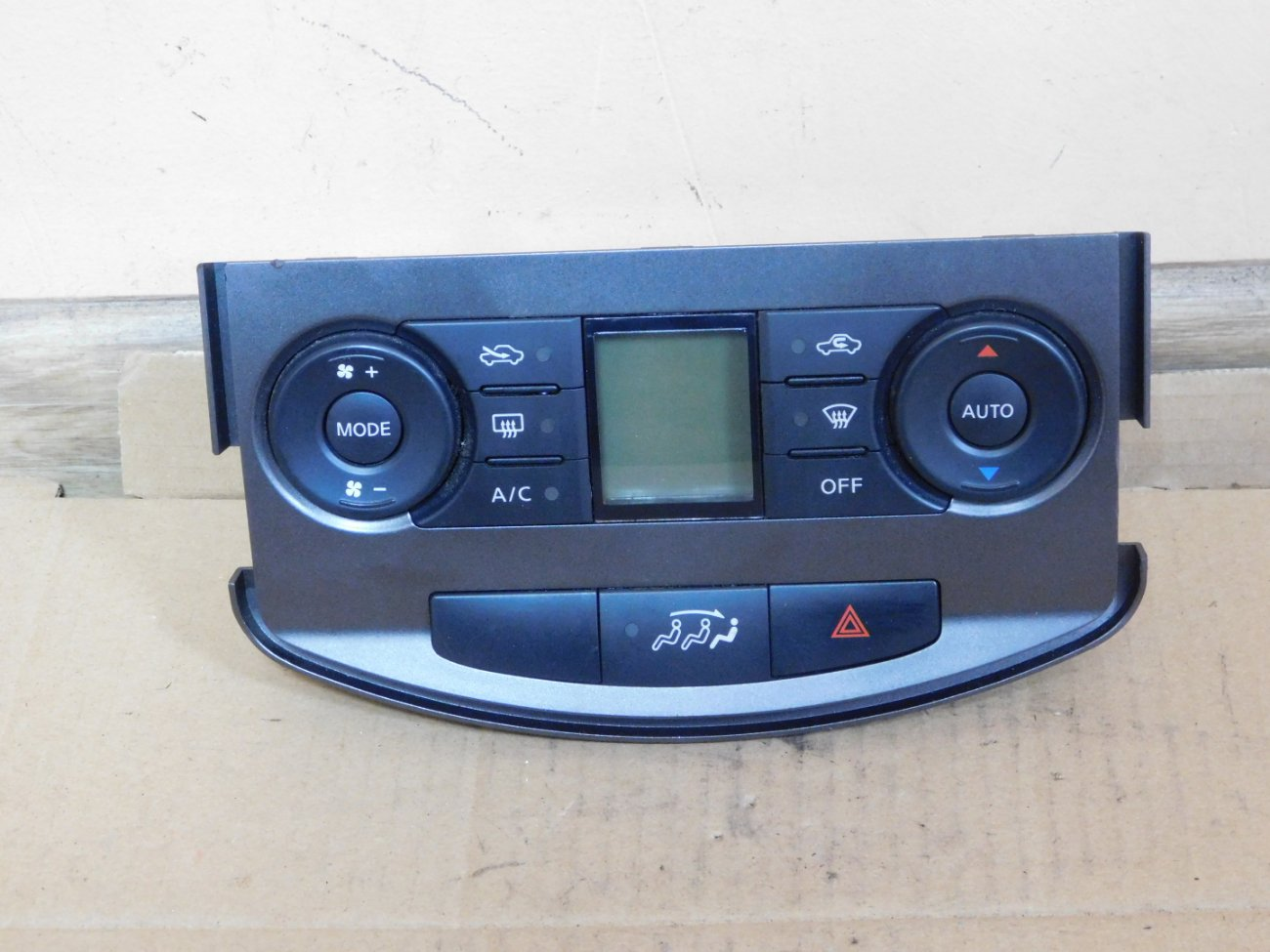 Климат-контроль Nissan Lafesta B30 MR20DE (б/у)