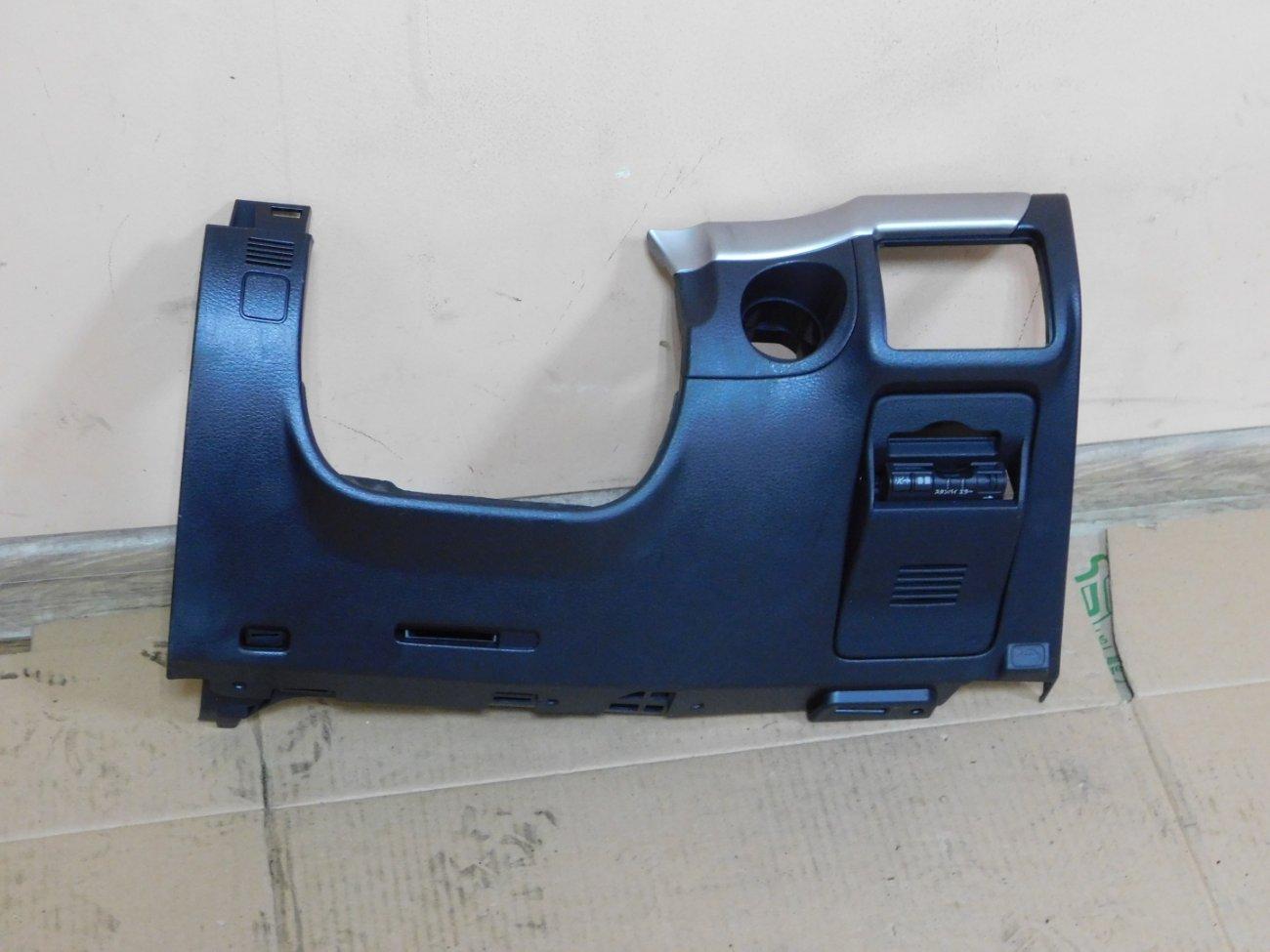 Консоль под рулевой колонкой Subaru Legacy BL5 EJ203 (б/у)