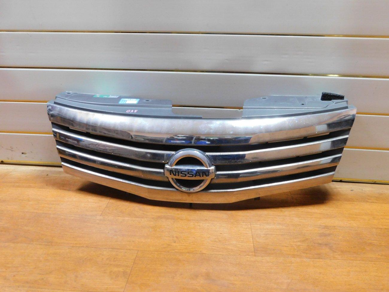 Решетка радиатора Nissan Serena C25 MR20DE (б/у)