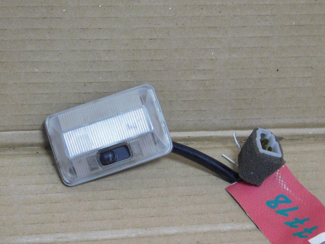 Плафон салонный Mazda Bongo Friendee SGLR WLTE 1996 (б/у)