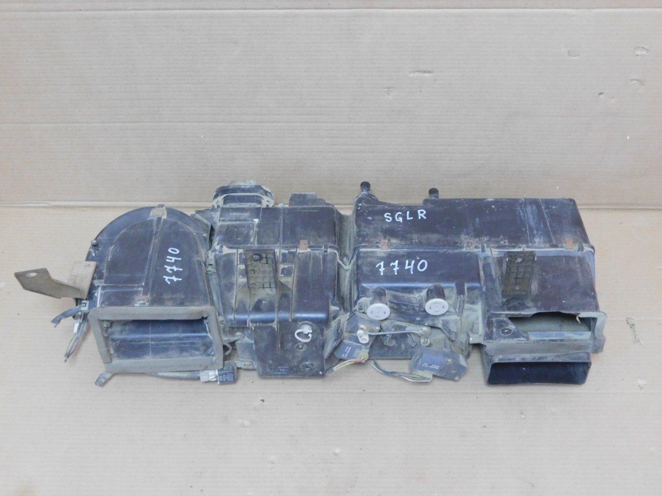 Печка салона Mazda Bongo Friendee SGLR WLTE 1996 задняя (б/у)