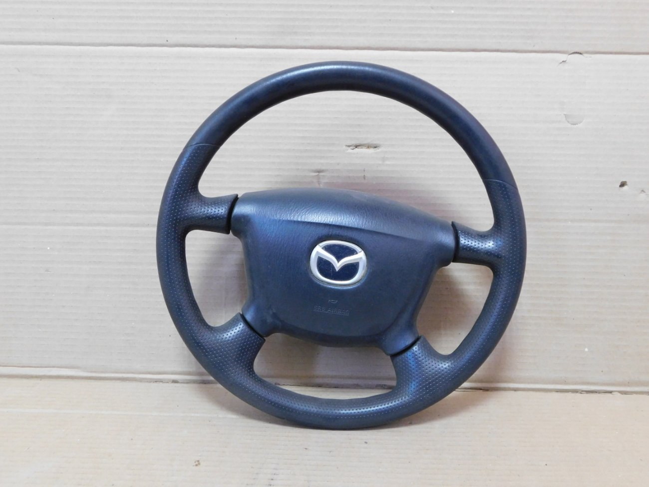 Руль с airbag Mazda Bongo Friendee SGLR WLTE 1996 (б/у)