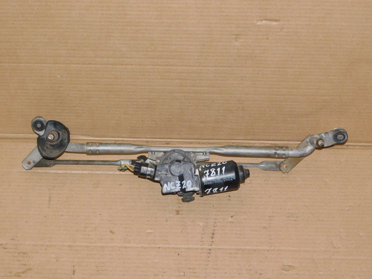Мотор дворников Toyota Raum NCZ20 передний (б/у)