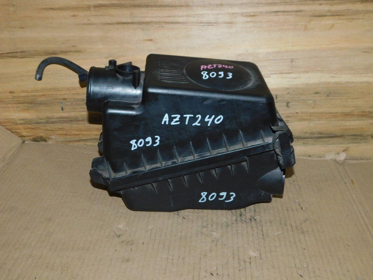 Корпус воздушного фильтра Toyota Allion AZT240 1AZ-FSE (б/у)
