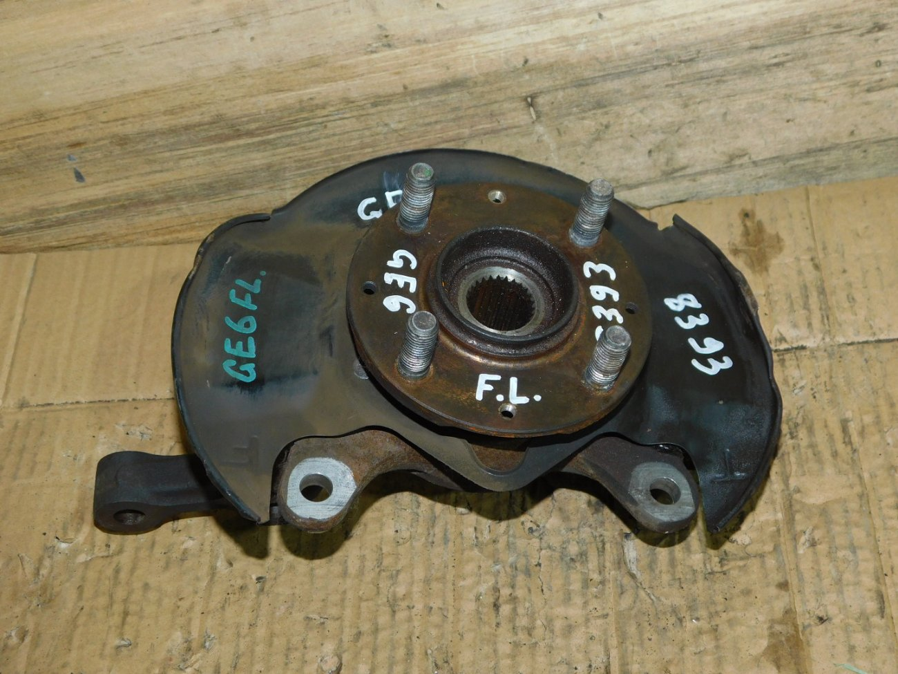 Ступица Honda Fit GE6 L13A передняя левая (б/у)