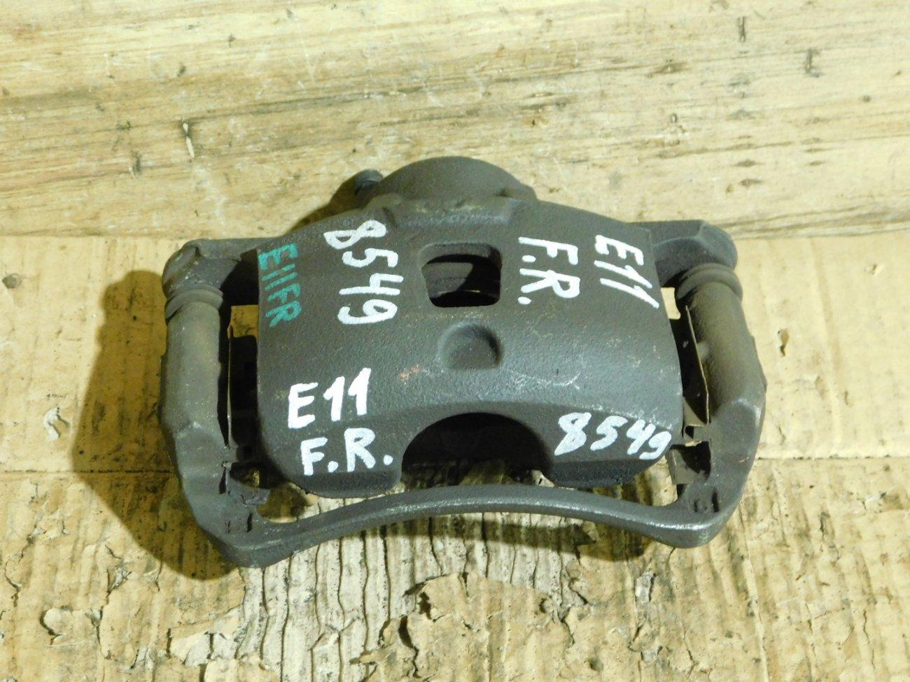 Суппорт Nissan Note E11 HR15DE передний правый (б/у)