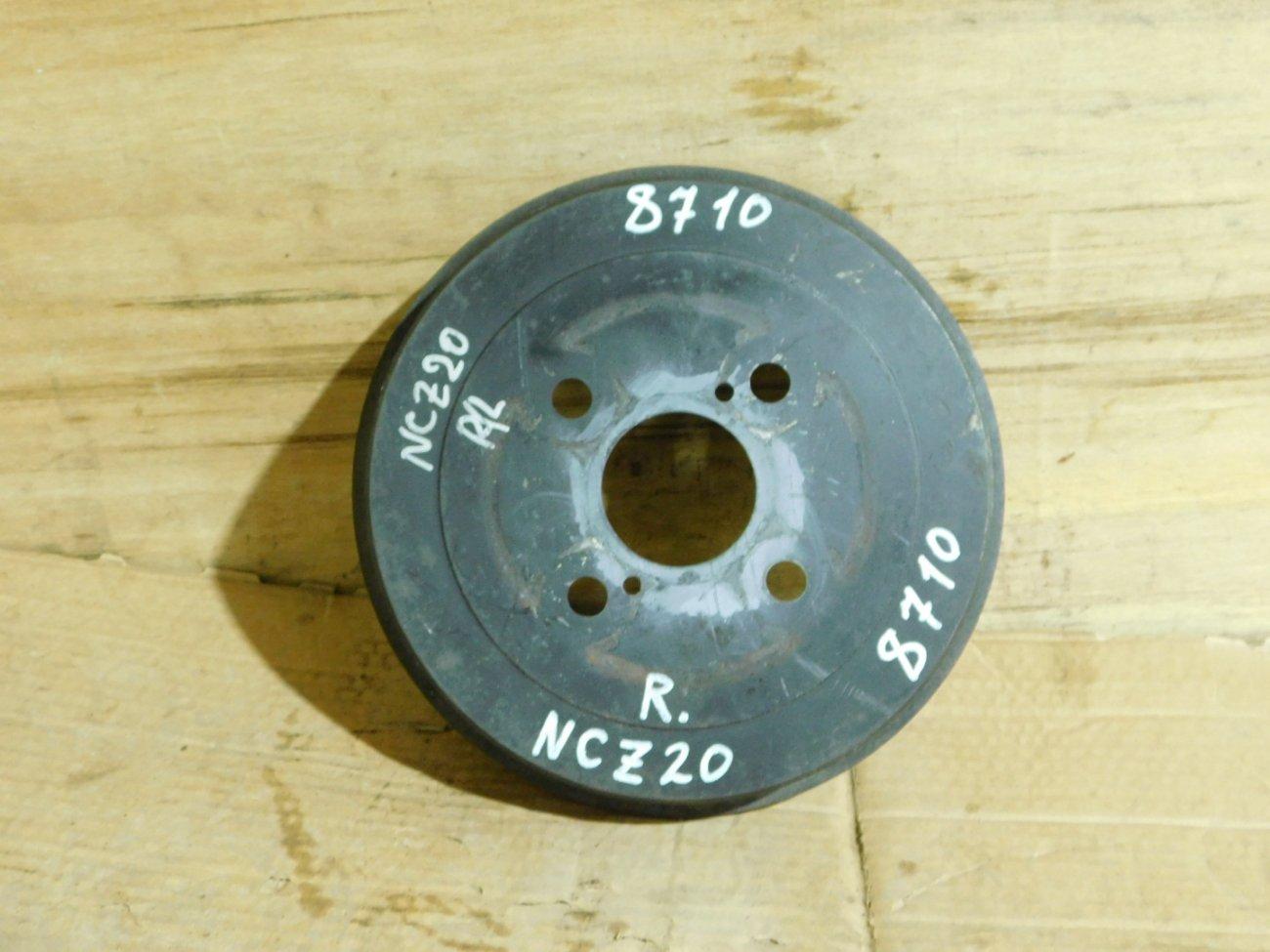 Тормозной барабан Toyota Porte NNP11 1NZ-FE задний (б/у)