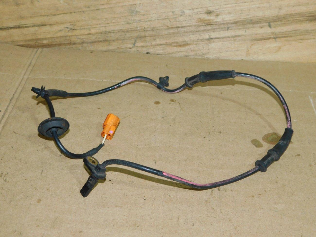 Датчик abs Honda Fit GD1 L15A. L13A передний правый (б/у)