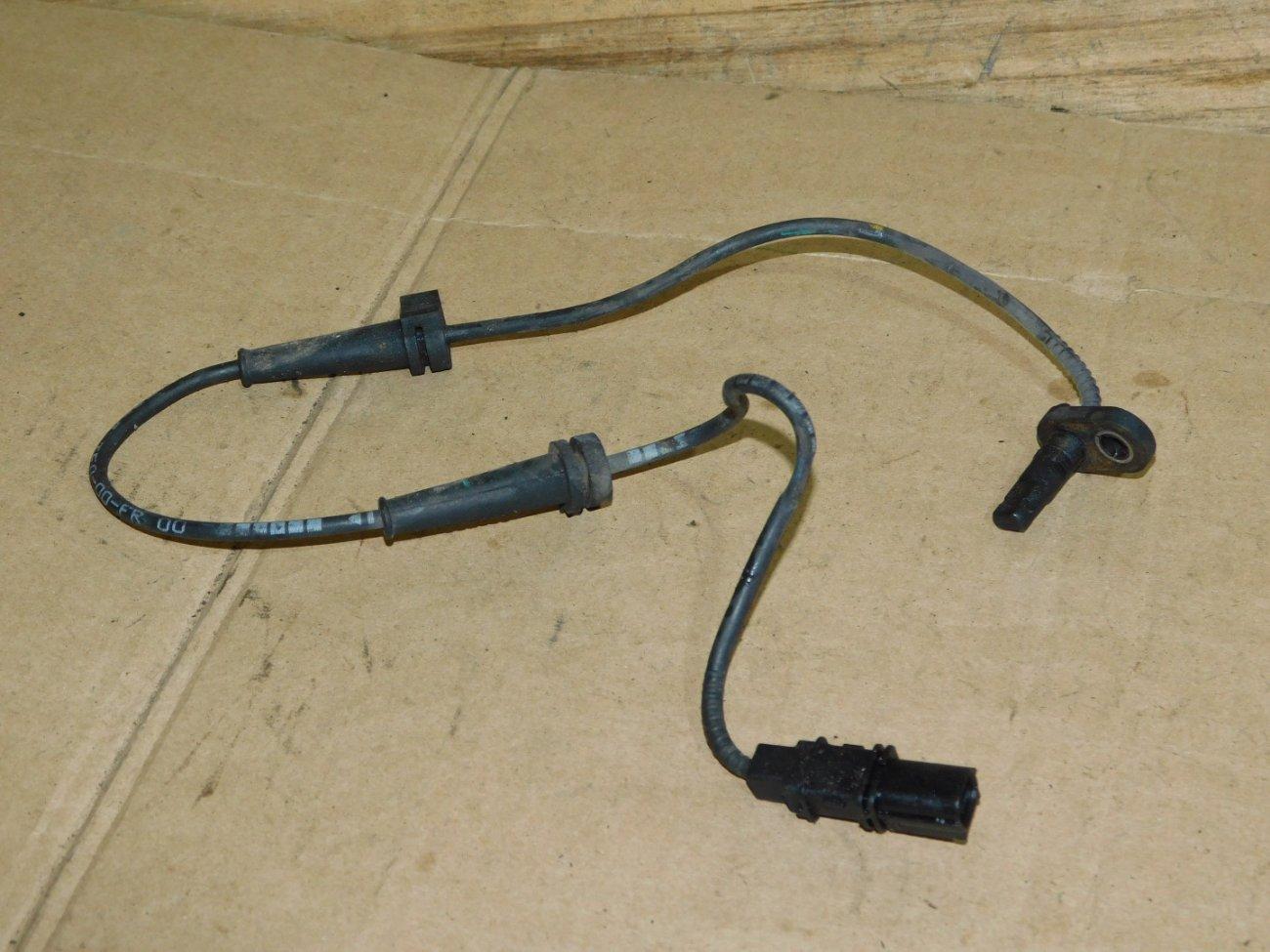 Датчик abs Honda Fit GE6 L13A передний правый (б/у)
