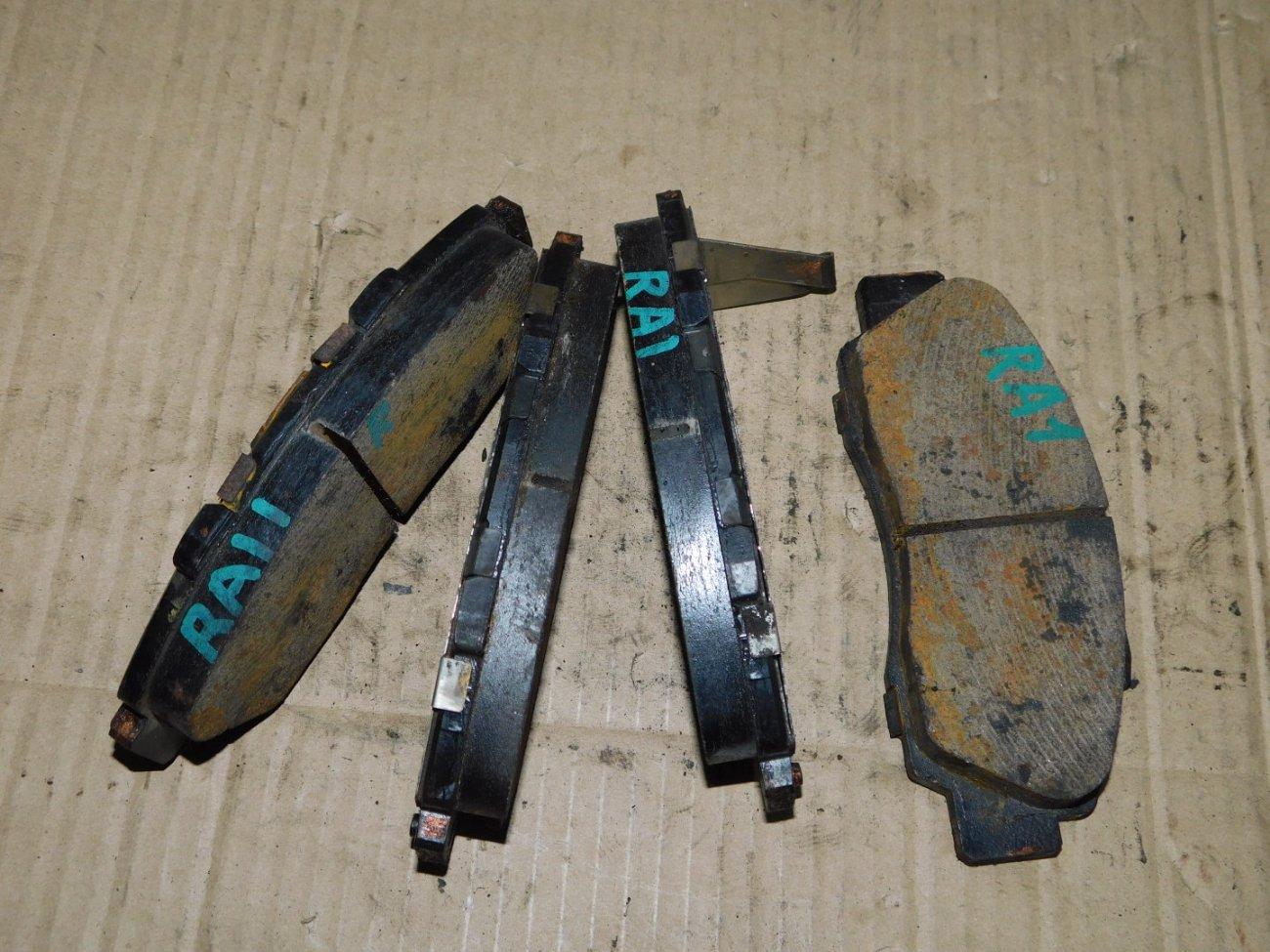 Тормозные колодки Honda Odyssey RA1 F22B переднее (б/у)