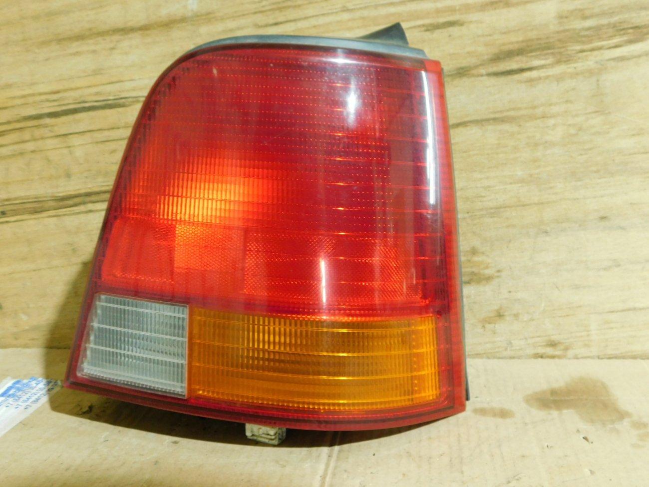 Стоп-сигнал Honda Odyssey RA3 F23A задний правый (б/у)