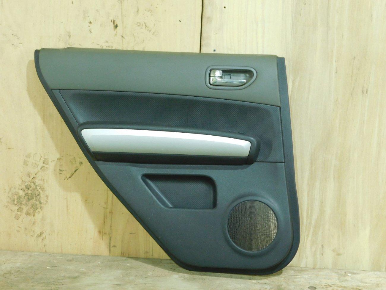 Обшивка дверей Nissan X-Trail NT31 MR20 задняя левая (б/у)