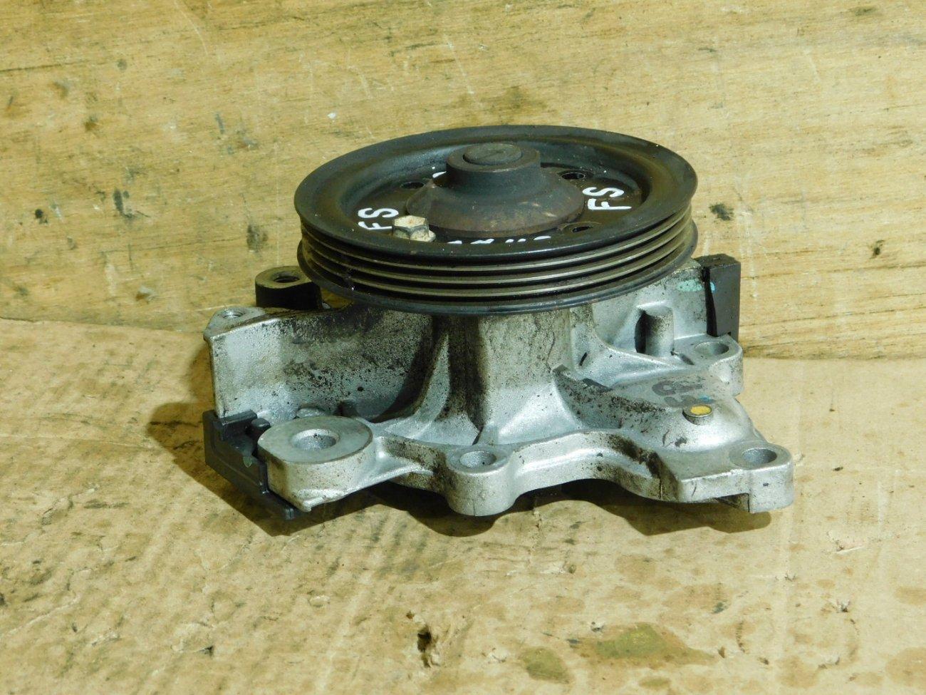 Помпа водяная Mazda Premacy CP8W FSDE (б/у)