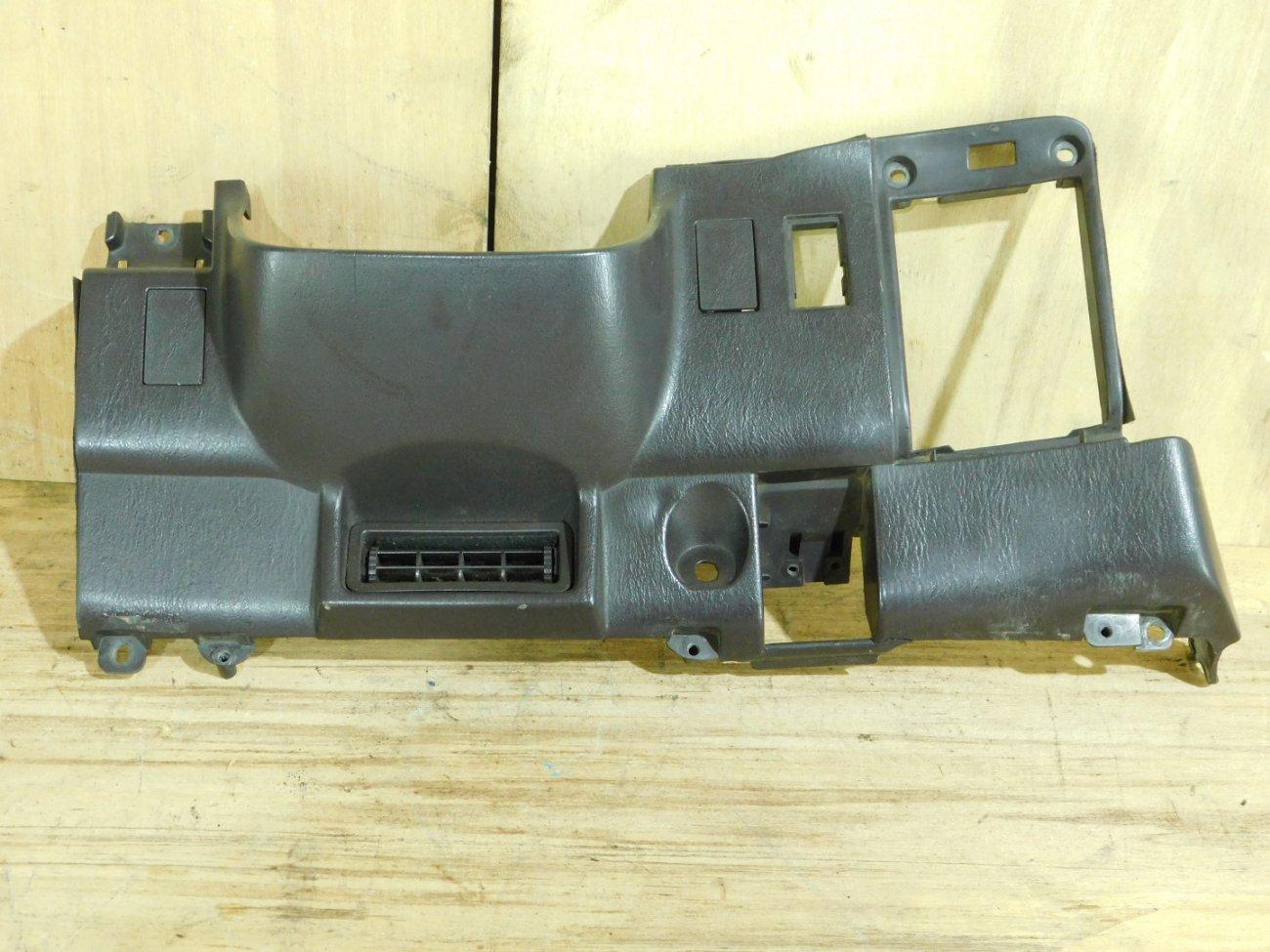 Консоль под рулевой колонкой Toyota Vista SV32 3S-FE (б/у)