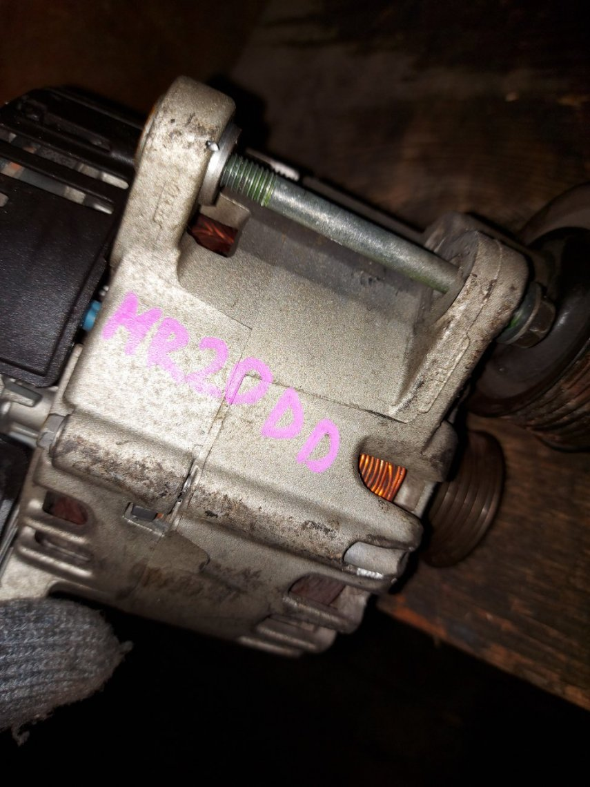 Генератор Nissan X-Trail NT32 MR20DD (б/у)