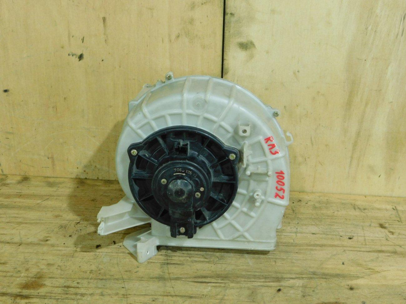 Мотор печки Honda Odyssey RA3 (б/у)