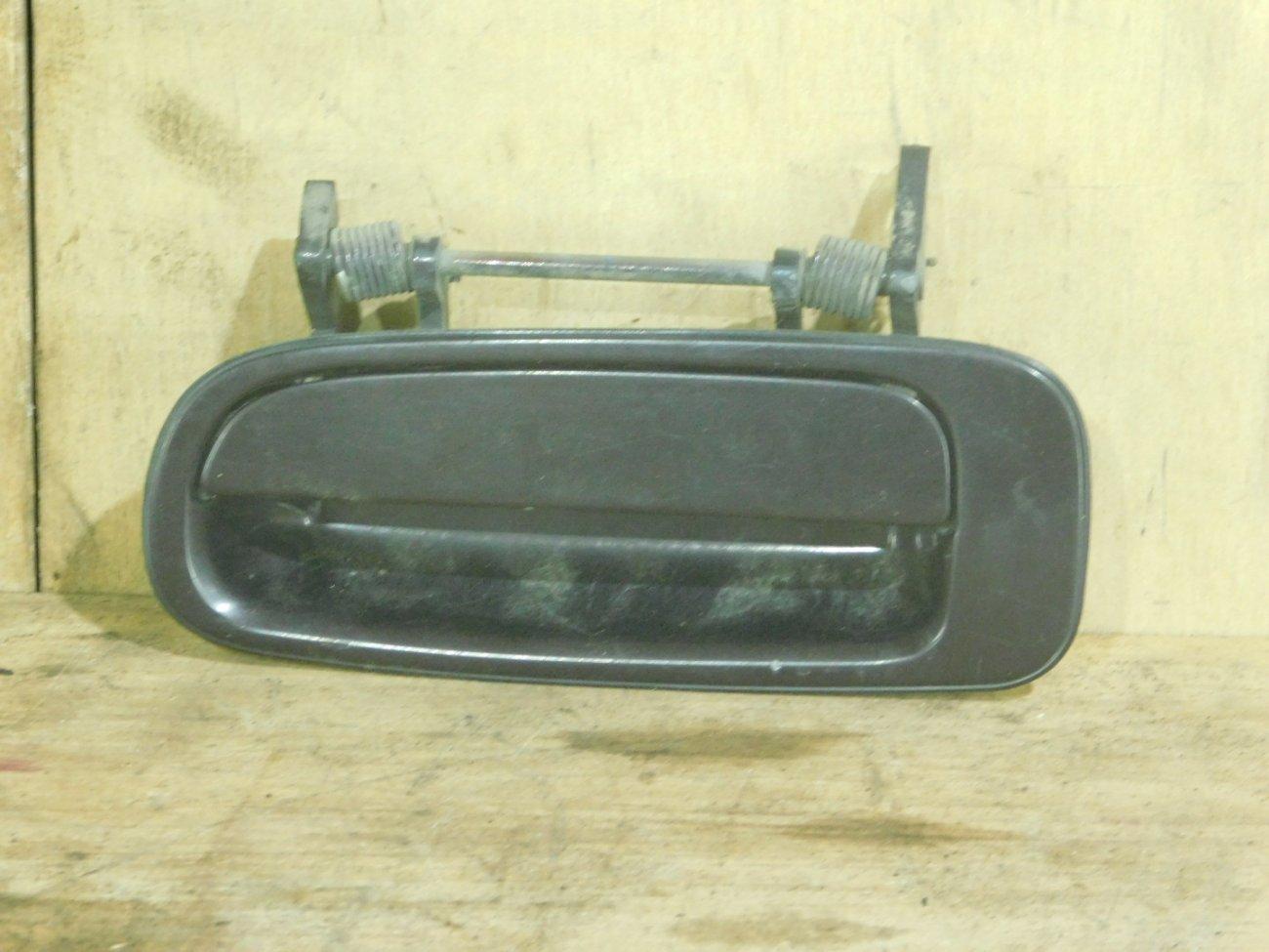 Ручка двери внешняя Toyota Vista SV32 задняя левая (б/у)