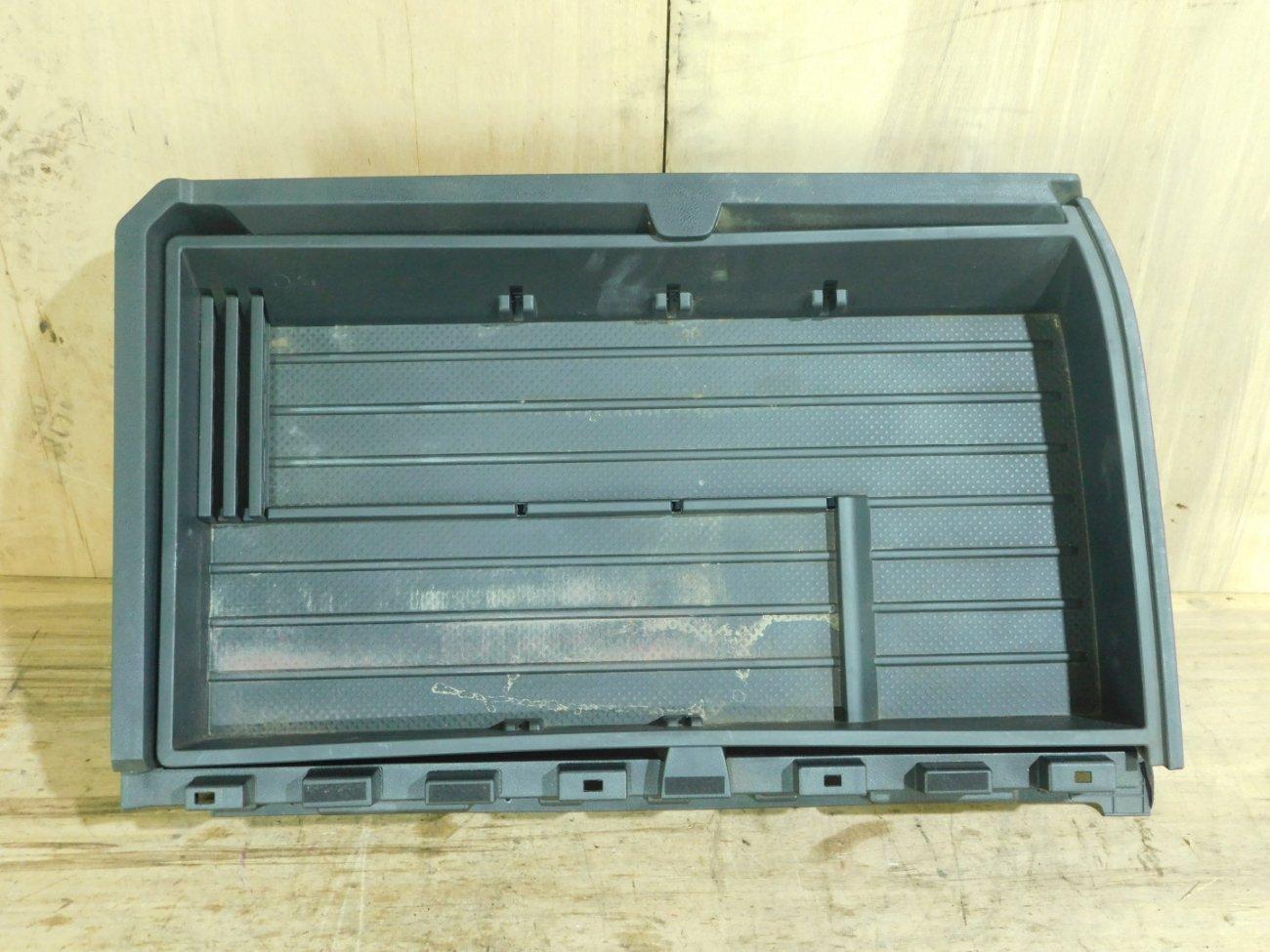 Полка багажника Nissan X-Trail NT31 (б/у)