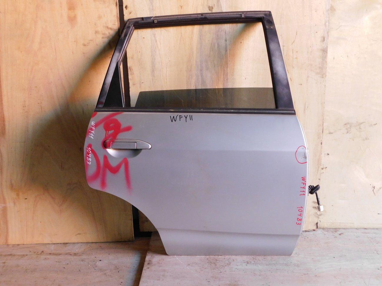 Дверь Nissan Wingroad WFY11 задняя правая (б/у)