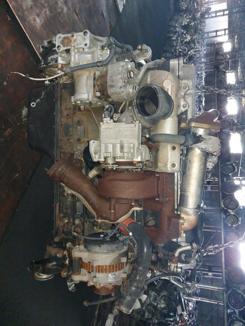 Двигатель Isuzu Forward FSR34 6HK1 (б/у)