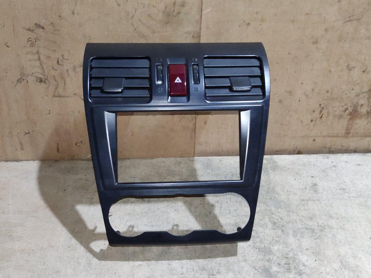 Консоль магнитофона Subaru Xv GP2 FB16 (б/у)