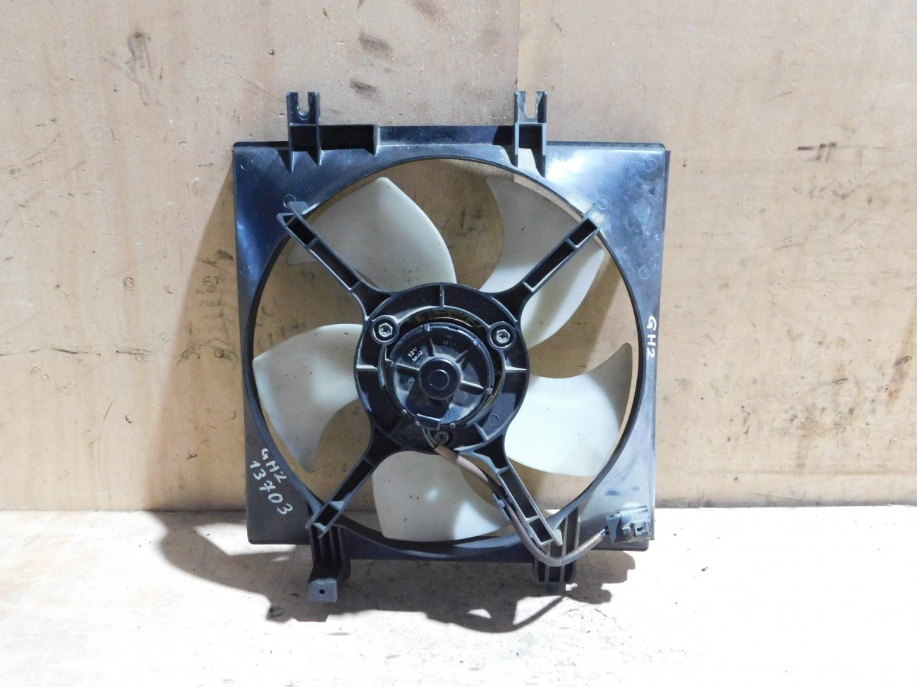 Диффузор радиатора Subaru Impreza GH2 EL154 (б/у)