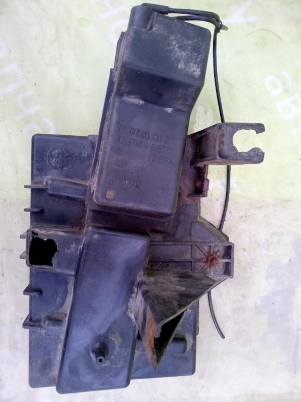 Площадка акб Dodge Caravan 3 3.0 1999г.в. (б/у)