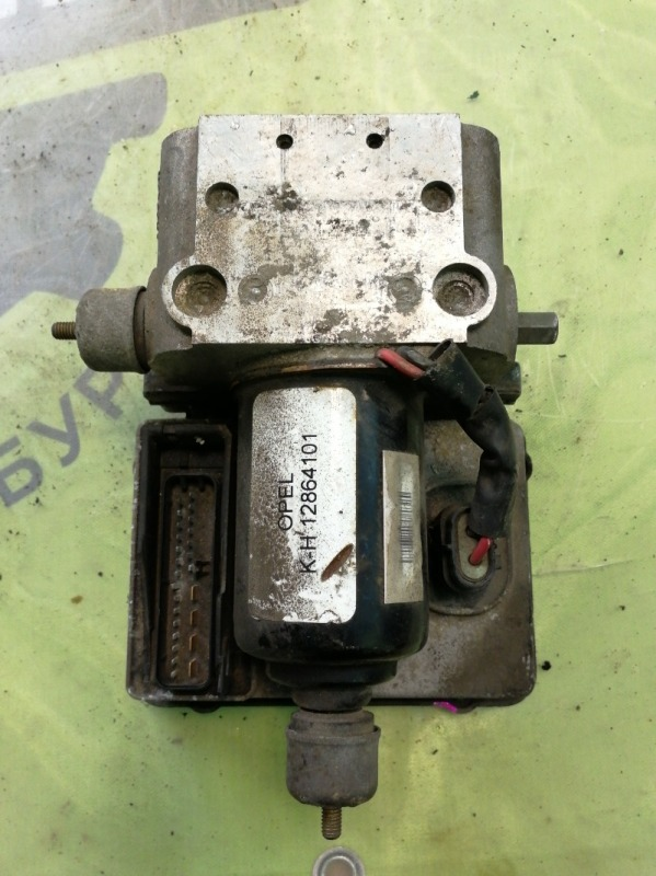 Блок abs Opel Vectra B УНИВЕРСАЛ X20XEV 1998 (б/у)