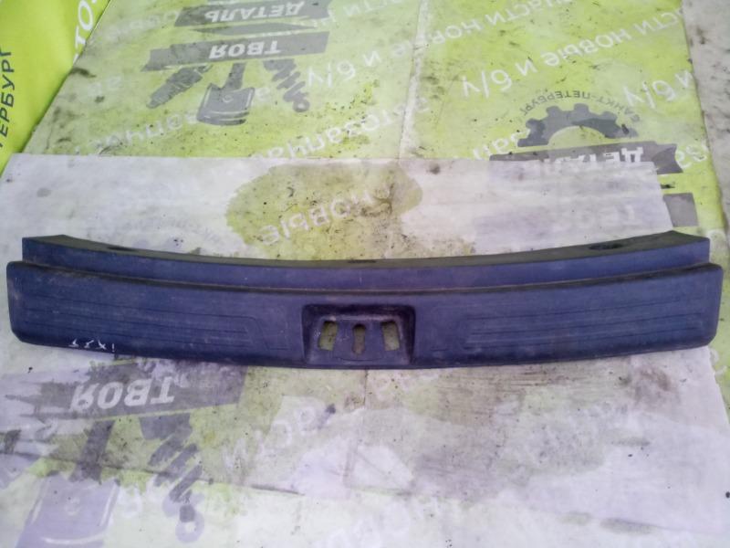 Накладка багажника Hyundai Ix35 2.0 G4KD 2012 (б/у)