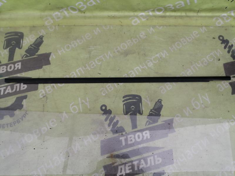 Уплотнитель стекла Volkswagen Sharan 7M AWC 1.8 ТУРБО 2002 задний правый (б/у)
