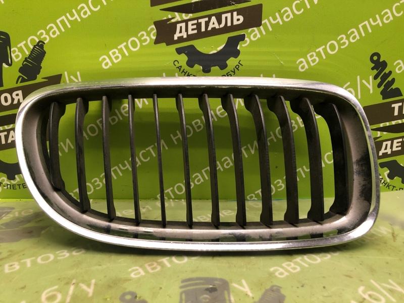 Решетка радиатора Bmw E90 Рестайлинг правая (б/у)