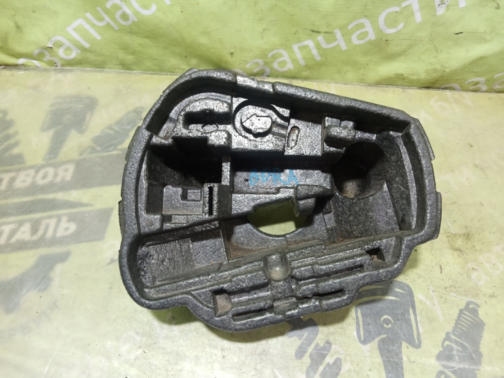Ящик для инструмента Volkswagen Bora 1.6 AZD 2000 (б/у)