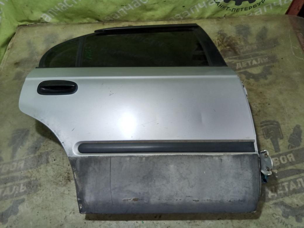 Дверь Honda Integra Ek3 СЕДАН 1998г.в. задняя правая (б/у)
