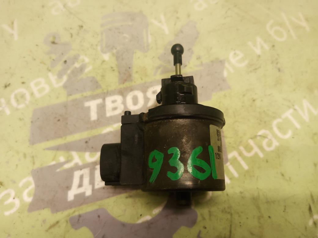 Моторчик корректора фары Toyota Avalon Camry 3.0 1MZFE 1995 (б/у)