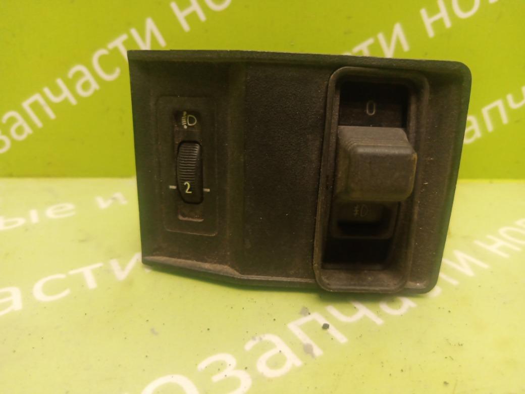 Кнопка противотуманных фар Bmw 5 Series 520 E34 M20B20 1988 (б/у)
