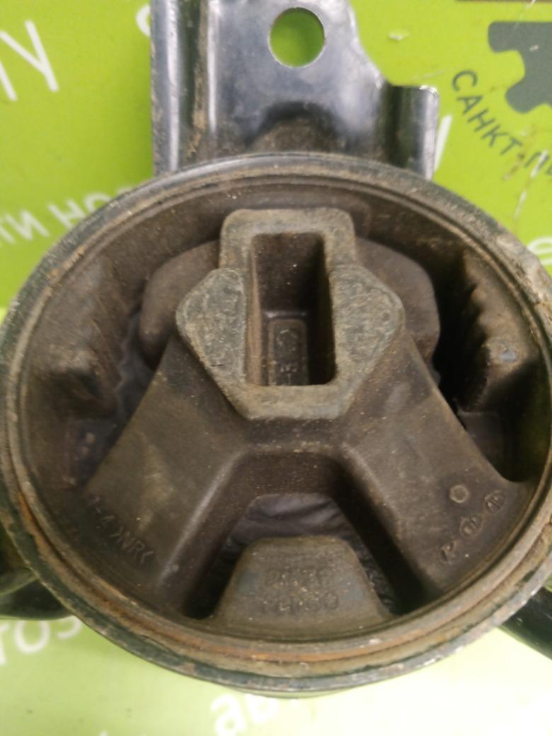 Опора двигателя Hyundai Ix35 2.0 G4KD 2012 левая (б/у)