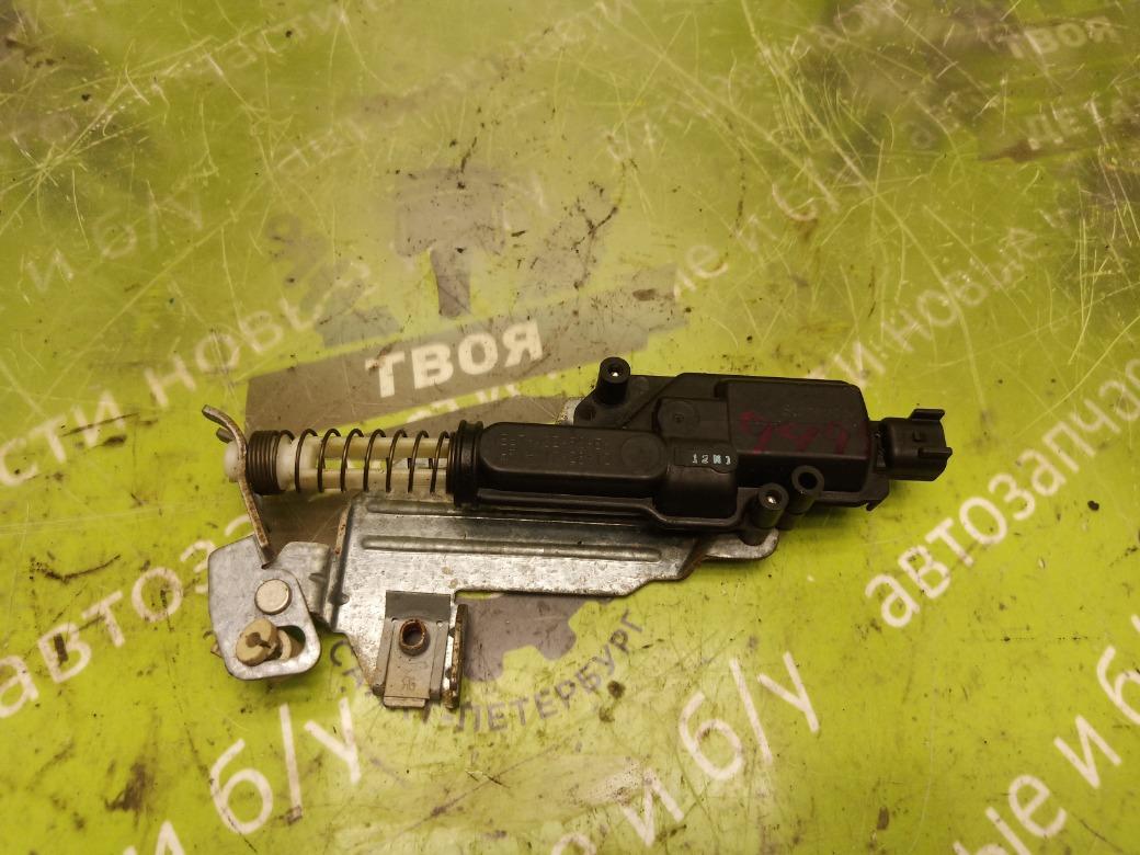 Активатор замка багажника Ford Fiesta MK4 1.3 J4T 2001 (б/у)