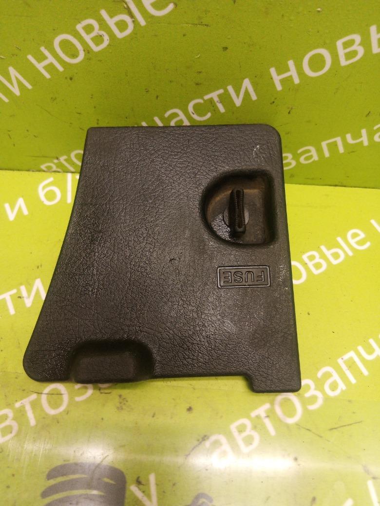 Крышка блока предохранителей Honda Accord 5 2.0 F20Z2 1993 (б/у)